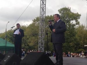 Префект ЮАО Алексей Челышев поздравил жителей с Днем города