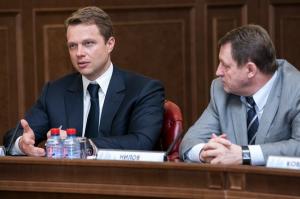 Максим Ликсутов проведет встречу с жителями 17 декабря