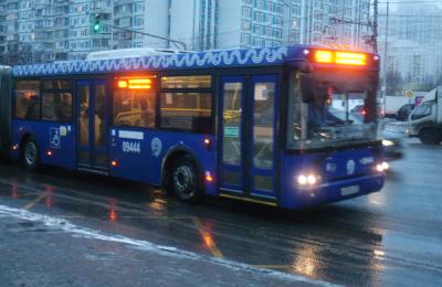 Остановку автобуса №147 перенесли на 40 метров