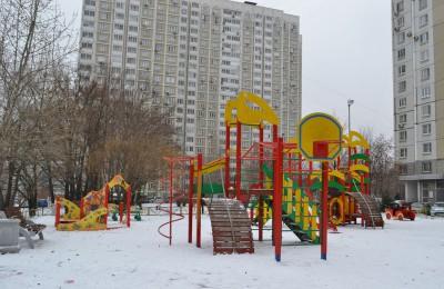 Детская площадка на Варшавском шоссе в ЮАО