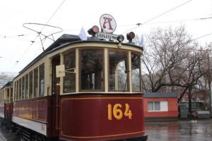 Трамвай образца начала ХХ века