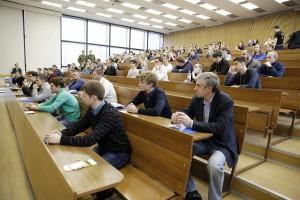 Университеты страны открыли приемные комиссии