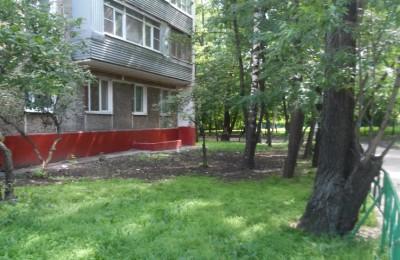 Работы по восстановлению газона прошли в районе Чертаново Южное