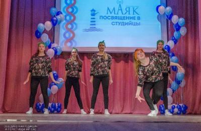 """Танцоры в доме культуры """"Маяк"""""""