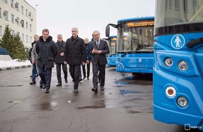 В следующем году автобусный парк Москвы получит более 900 новых автобусов, сообщил Сергей Собянин