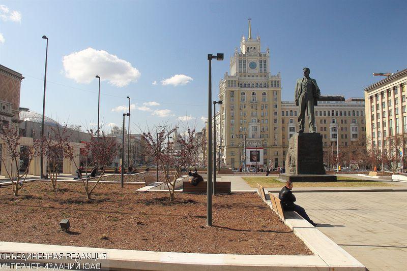 Попрограмме «Моя улица» благоустройство Садового кольца закончится в2015г.
