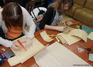 Студенты на занятиях в техникуме им. Красина