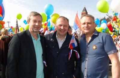 Глава муниципального округа Александр Новиков на празднике Первомая