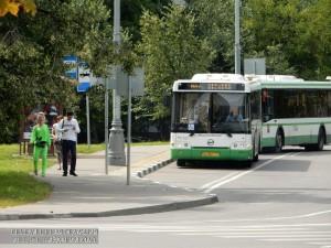 Автобусы на Россошанской улице