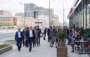 Мэр осмотрел итоги благоустройства улиц Житная и Коровий Вал