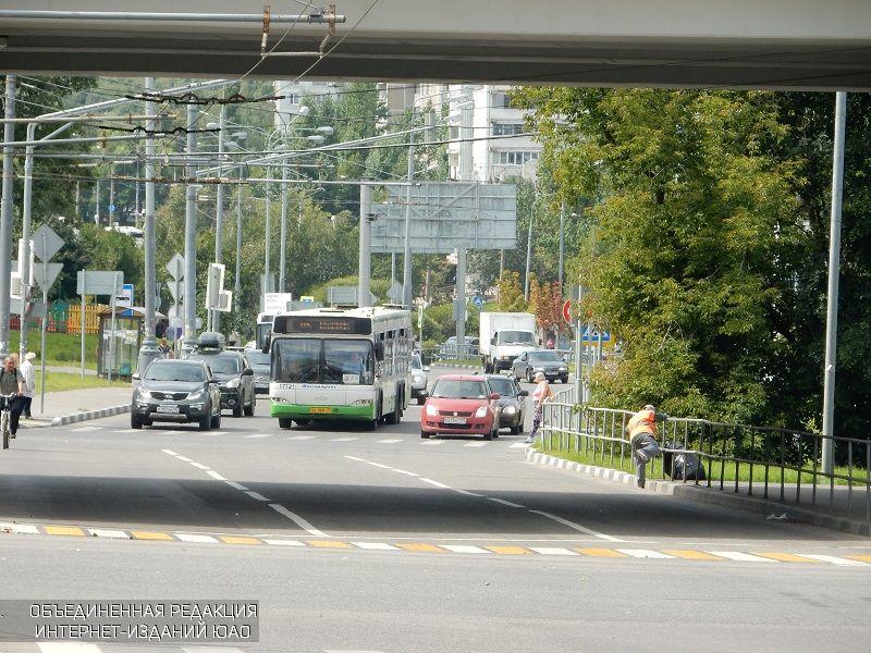 На Варшавском шоссе появится паркинг