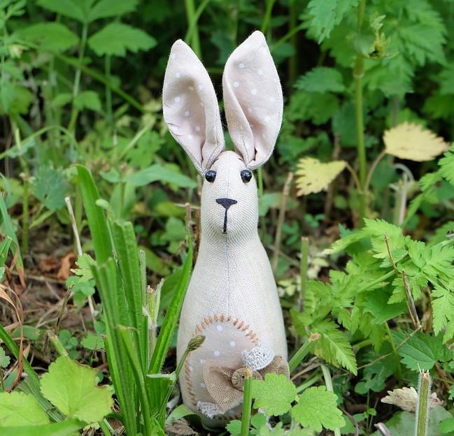 кукла Тильда в траве