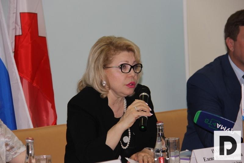 Елена Панина посетила Нагорный район
