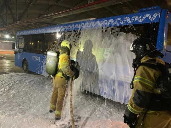 пожарно-тематическое учение на улице Подольских Курсантов 2