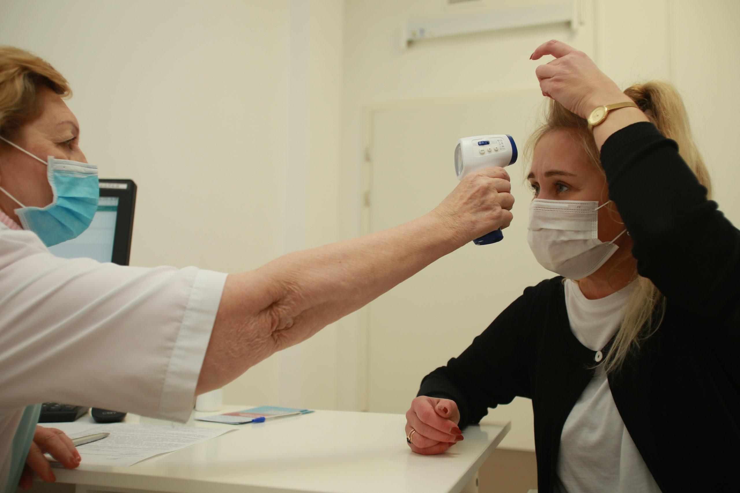 """В столице расширили список категорий граждан для вакцинации от COVID-19. Фото: Наталия Нечаева, """"Вечерняя Москва"""""""